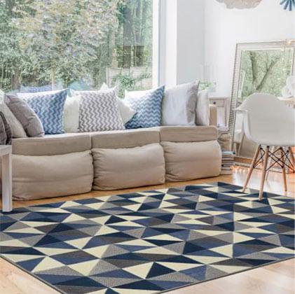 Ele pode definir ou separar áreas, como assentos ou áreas de jantar, e para  criar maior variedade em um espaço  neste caso, tapetes de diferentes  tamanhos e ... fb220af547